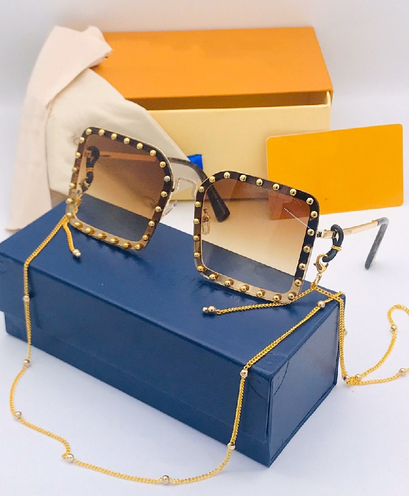 Lunettes Solaires pour femme fashion LV Marron avec boite
