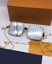 Lunettes Solaires pour femme fashion LV Argenté avec boite