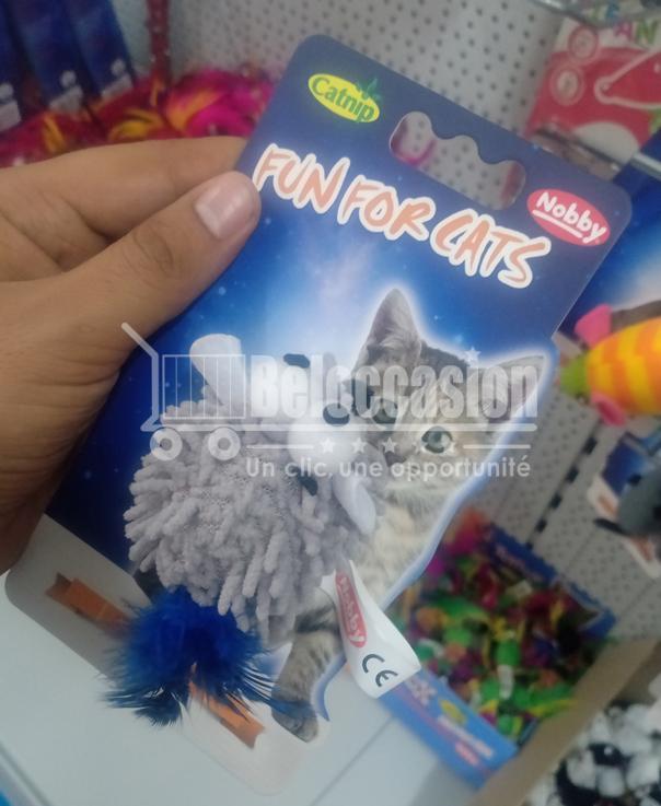Jouet Souris Moppy Gris avec plumes et herbe à chat - Nobby - jouet our chat au maroc animalerie en ligne beloccasion