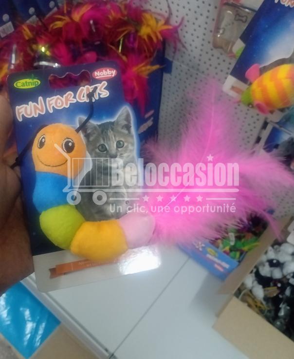 Jouet Ver coloré avec plumes et herbe à chat - Nobby animalerie en ligne jouet pour chat maroc vente en ligne beloccasion